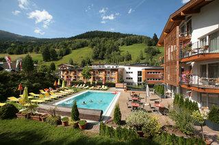 Hotel Der Waldhof Pool