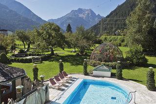 Hotel Alpendomizil Neuhaus & Nebenhäuser Pool