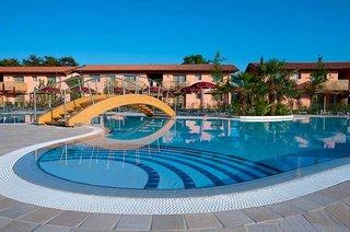 Hotel Green Village Resort Pool