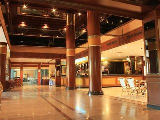 Hotel Pattaya Garden Lounge/Empfang