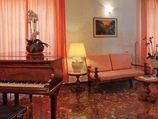 Hotel La Luna Lounge/Empfang