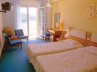 Hotel Akrotiri Beach Wohnbeispiel