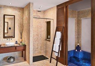 Hotel AVANI Sepang Goldcoast Resort Badezimmer