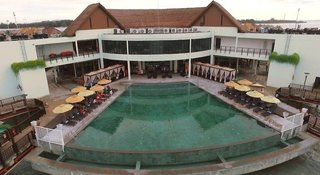 Hotel AVANI Sepang Goldcoast Resort Pool