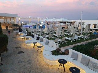 Hotel Dimitrios Village Beach Resort Terasse