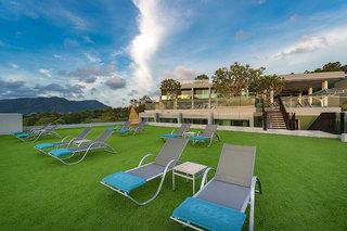 Hotel The Crest Resort & Pool Villas Phuket Terasse