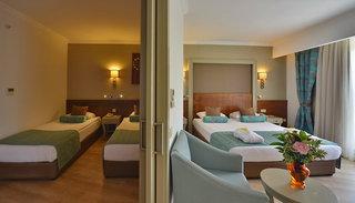 Hotel Side Crown Palace Wohnbeispiel