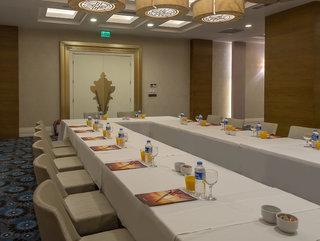 Hotel Kirman Belazur Resort & Spa Konferenzraum