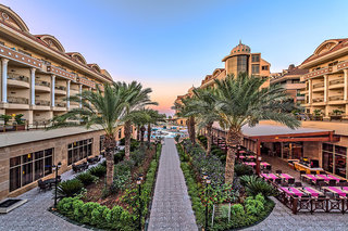 Hotel Kirman Belazur Resort & Spa Garten