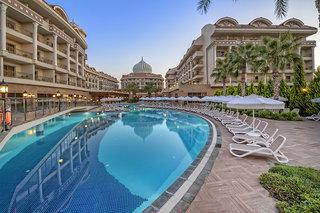 Hotel Kirman Belazur Resort & Spa Pool