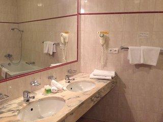 Hotel Belvedere Prag Badezimmer