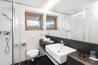 Hotel Karwendelhof Badezimmer