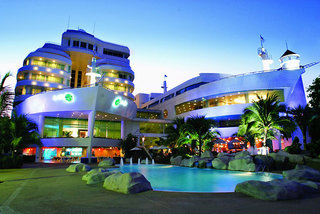 Hotel A-One The Royal Cruise Außenaufnahme