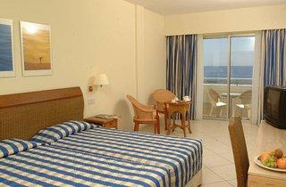 Hotel Atlantica Miramare Beach Wohnbeispiel