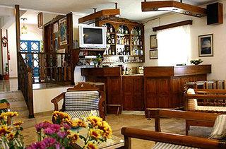 Hotel Artemis Kamari Bar