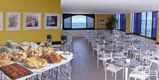 Sambura Praia Hotel Restaurant