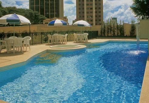 Intercity The Universe Paulista Pool