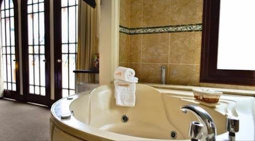 Ferre Miraflores Badezimmer