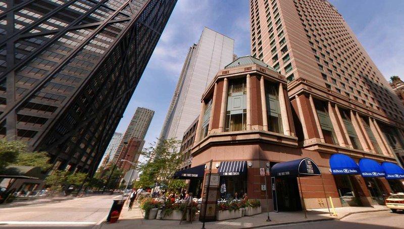 Hilton Suites Chicago Magnificent Mile Außenaufnahme