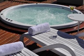 Design Suites Salta Pool