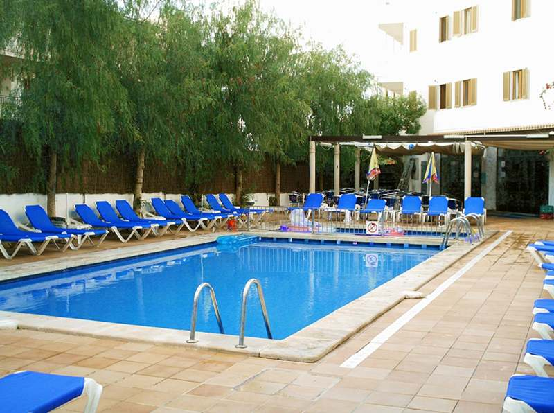 Arcos Playa Pool