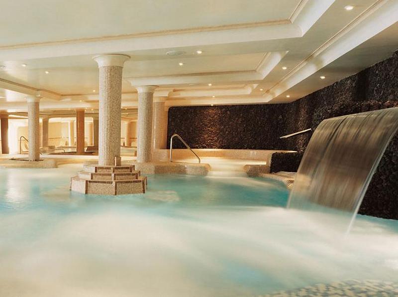 Vital Suites Residencia Salud & SpaPool