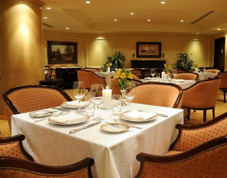 Park Tower a Luxury Collection Restaurant