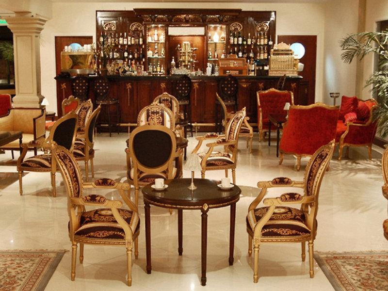 Lagos del Calafate Bar