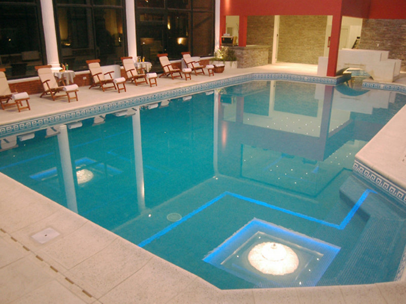 Lagos del Calafate Pool