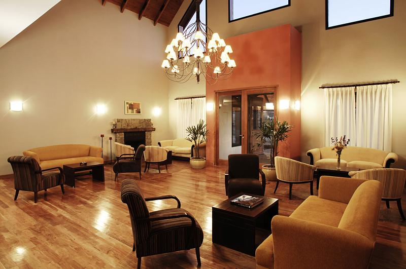 Xelena Lounge/Empfang
