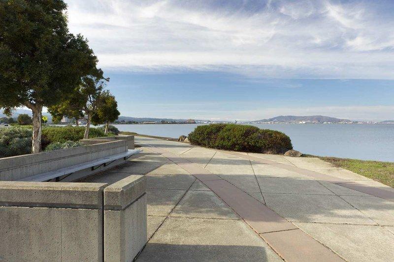Doubletree San Francisco Airport Außenaufnahme