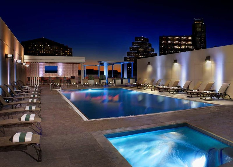 Hilton Austin Pool
