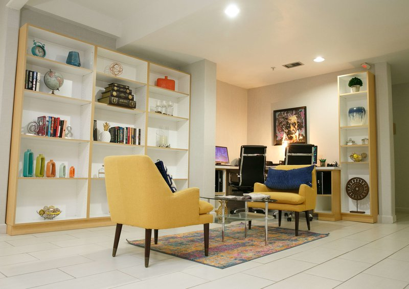 Wyndham Garden Houston Willowbrook Lounge/Empfang