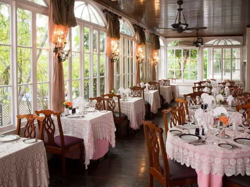 Gray Cliff Restaurant
