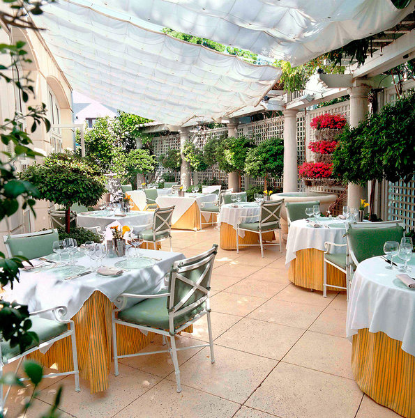 The Peninsula Beverly Hills Restaurant