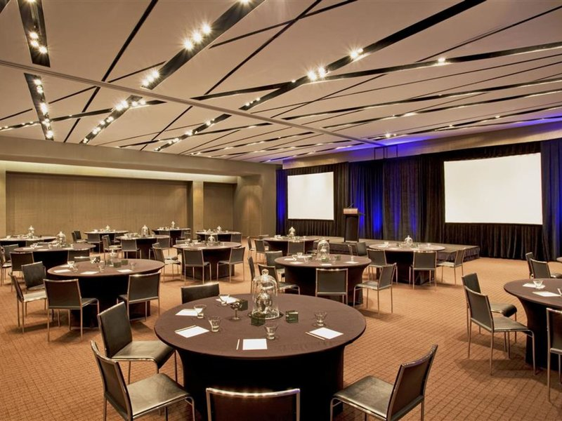 The W Atlanta Downtown Konferenzraum