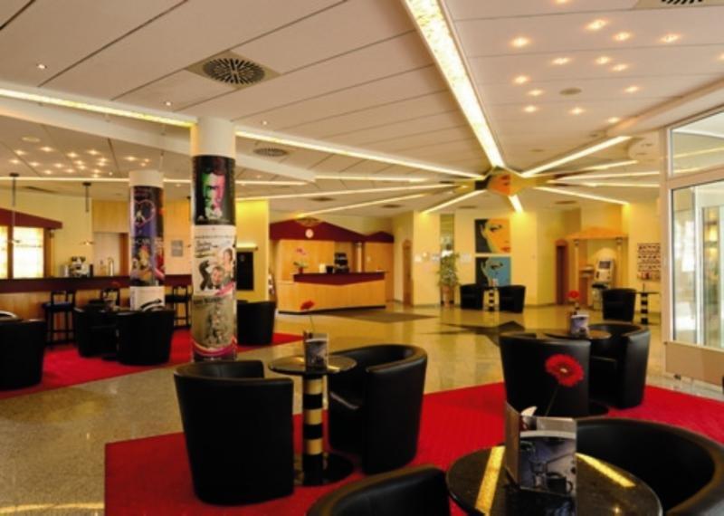 AZIMUT Hotel DresdenLounge/Empfang