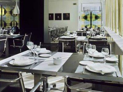 AC Zizur Mayor Restaurant
