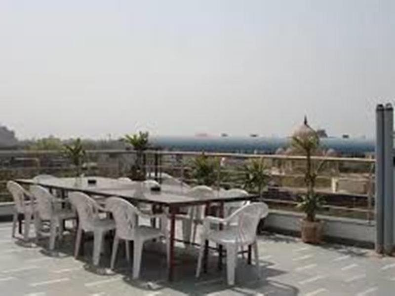 Star Plaza Restaurant