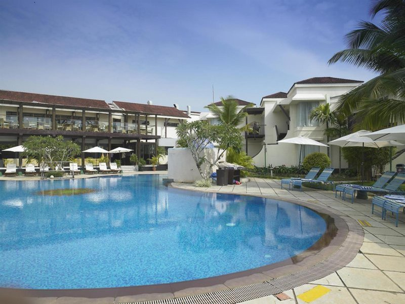 Royal Orchid Beach Resort & Spa Pool