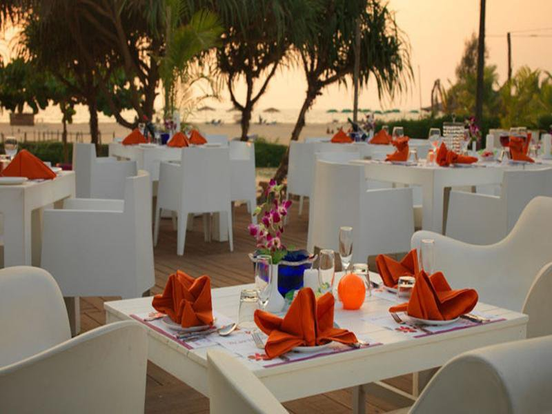 Royal Orchid Beach Resort & Spa Restaurant