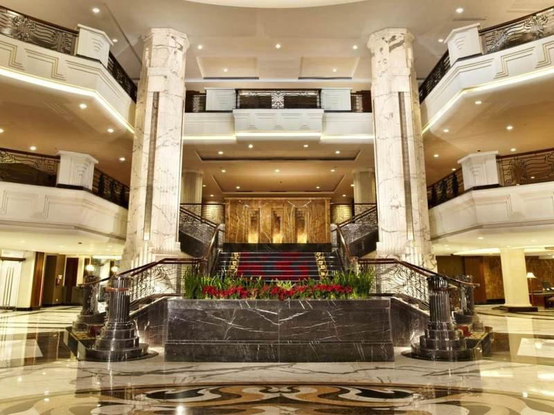 eL Royale Hotel Bandung Lounge/Empfang