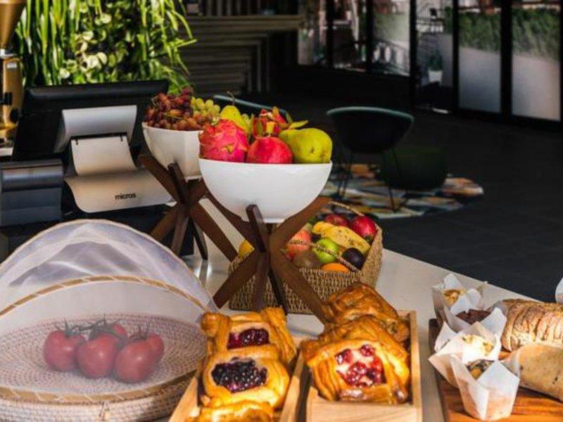 Mantra Richmont Hotel Restaurant