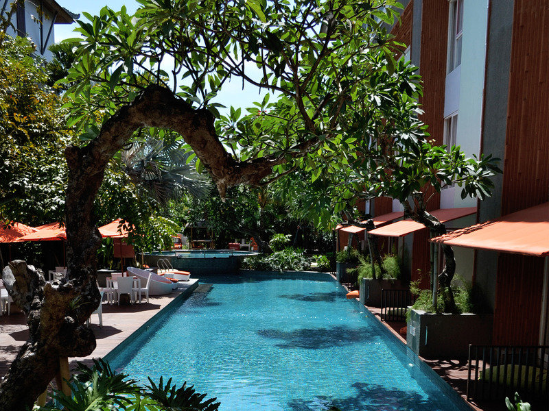 HARRIS Hotel & Residences Sunset Road Pool