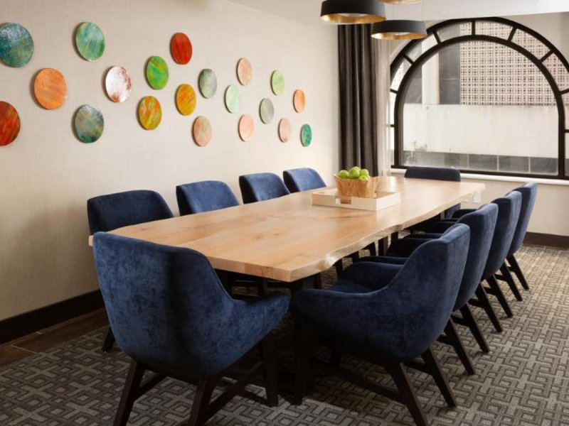 Hampton Inn & Suites Dallas Downtown Konferenzraum