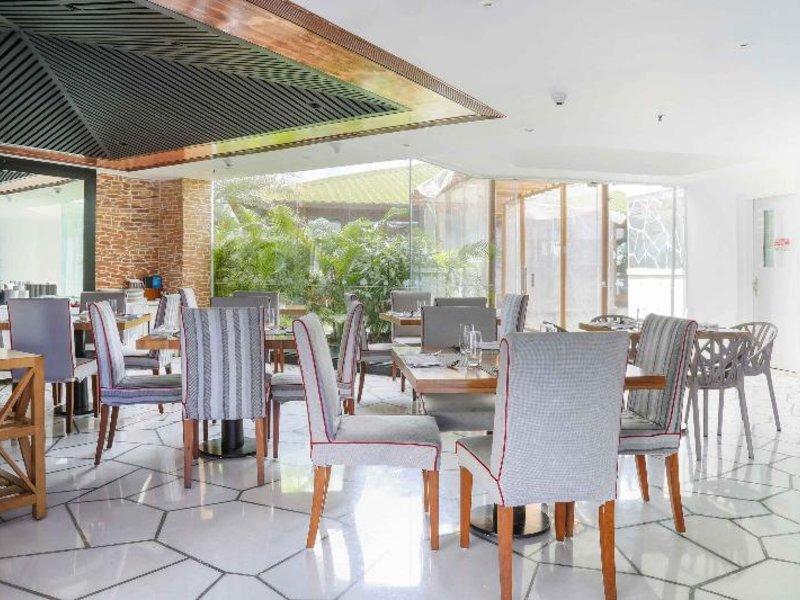 Waterstones Hotel Restaurant