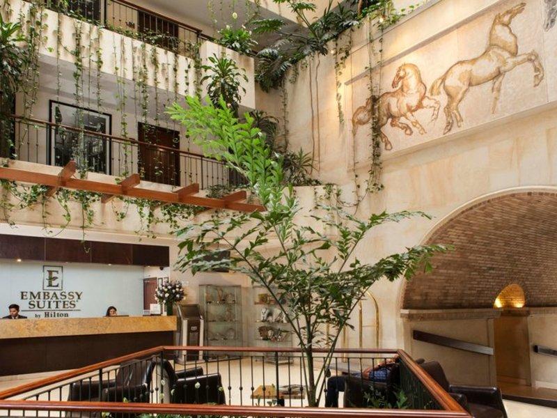 Embassy Suites by Hilton Bogota Rosales Außenaufnahme