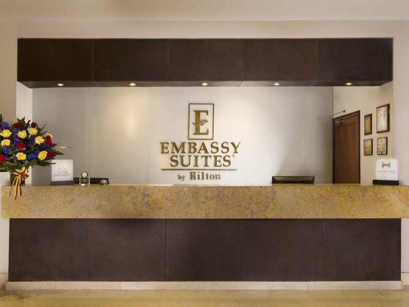 Embassy Suites by Hilton Bogota Rosales Lounge/Empfang