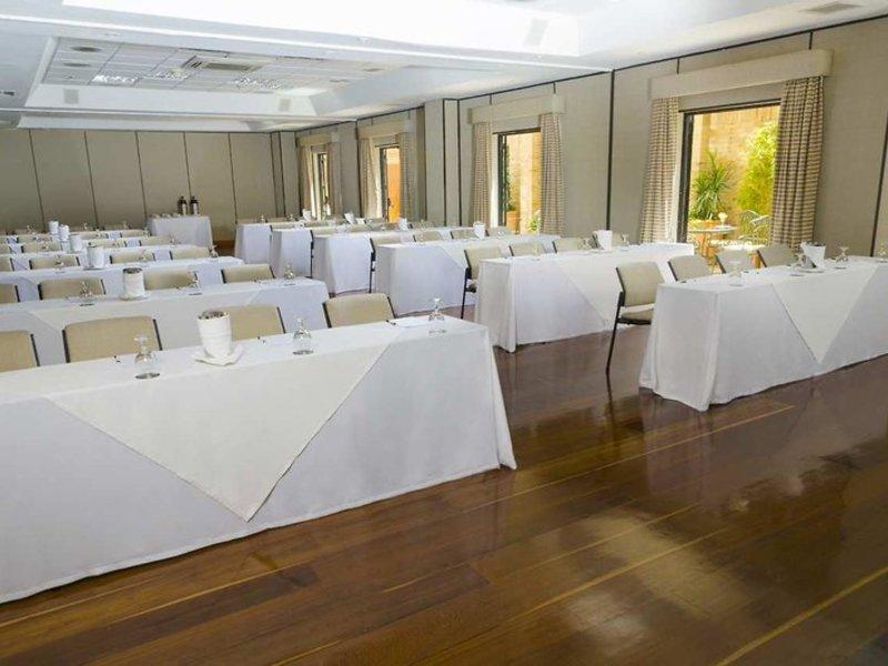 Embassy Suites by Hilton Bogota Rosales Konferenzraum