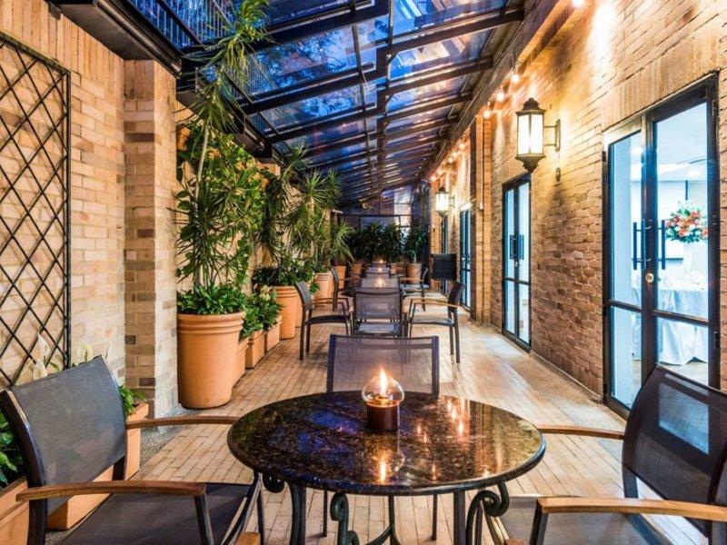 Embassy Suites by Hilton Bogota Rosales Terrasse